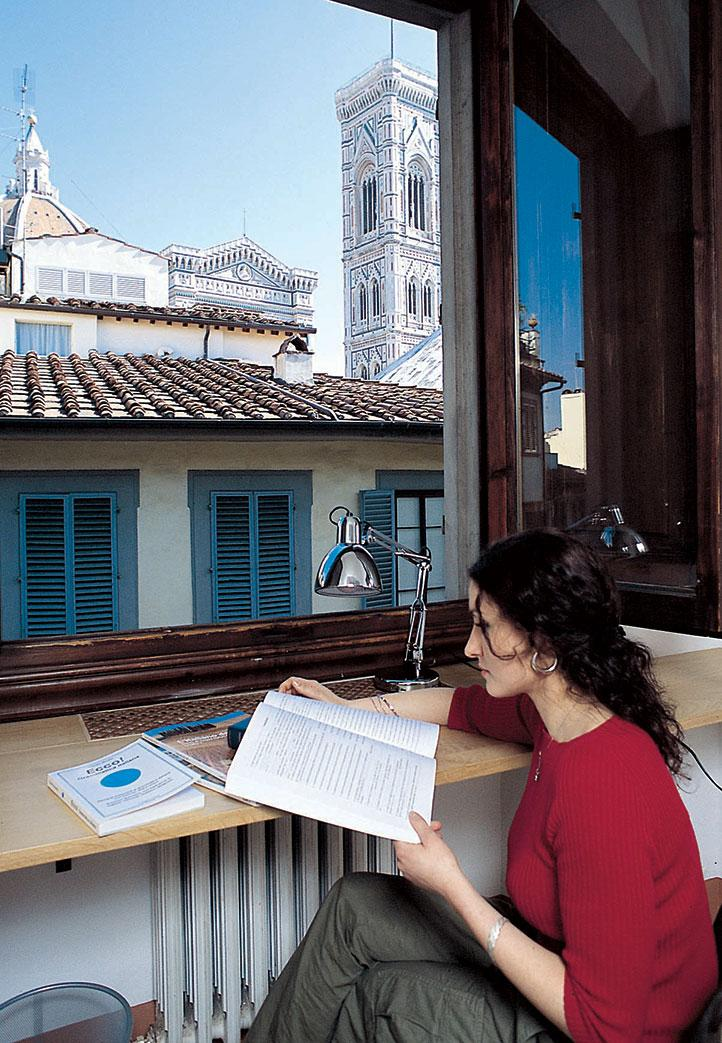 accommodation in host families for italian language students
